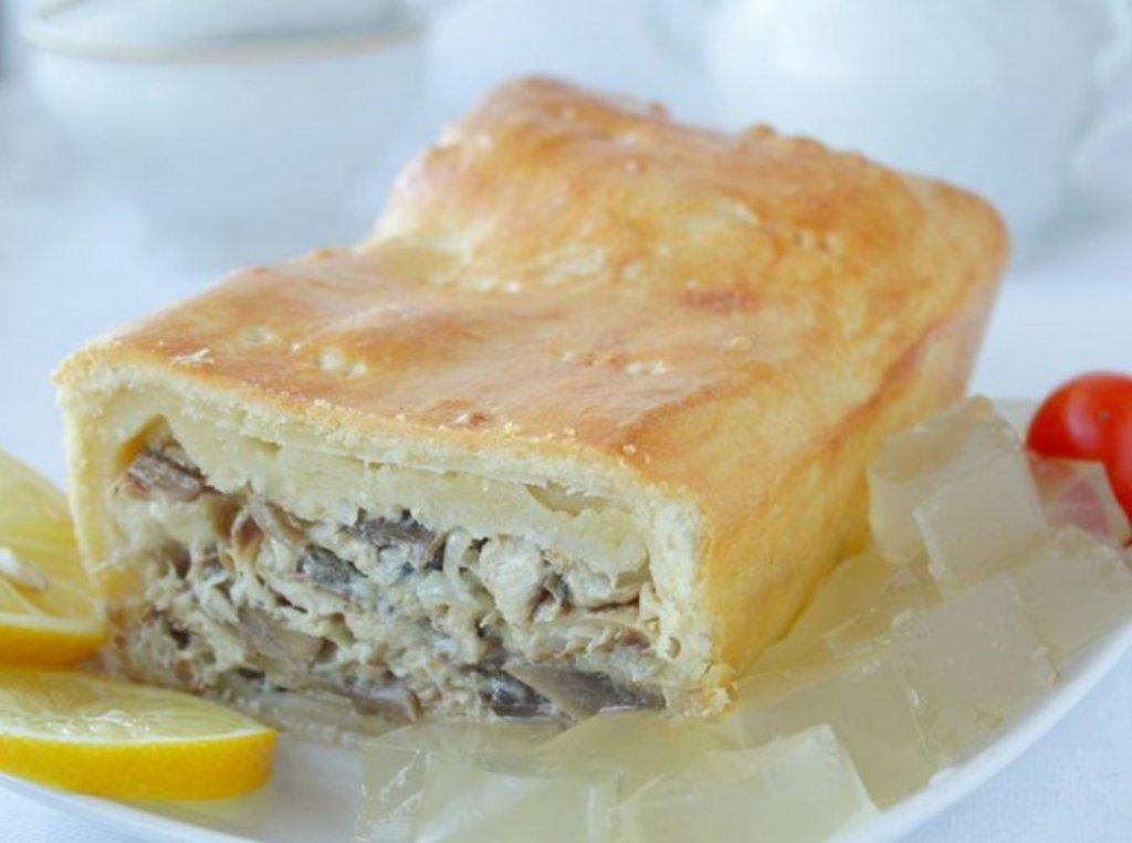 Пироги с рыбой: Пирог со скумбрией и картофелем в Обедовъ