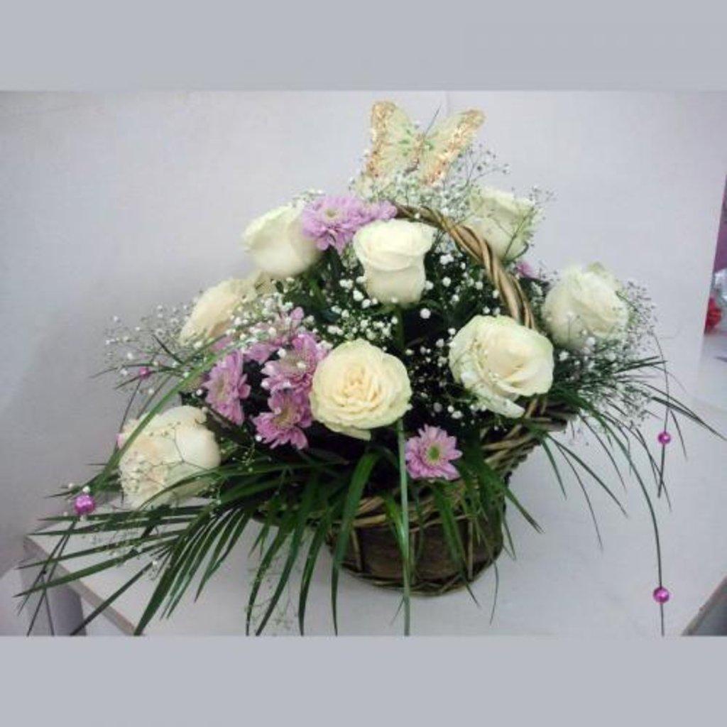 Фото букет из живых цветов в губке