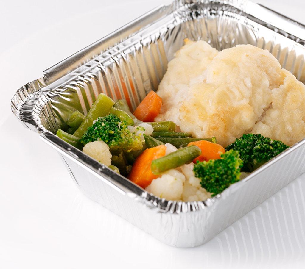 Горячее: Треска с овощами в Провиант