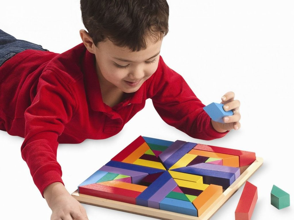 Дошкольное образование детей: Развивающие игры для детей в Нолики, школа эстетического воспитания