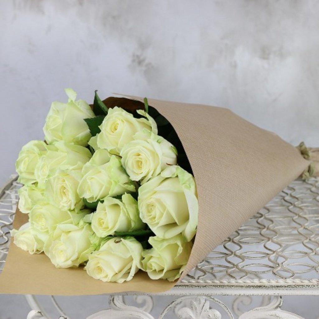 19 белых роз в Доставка Радости