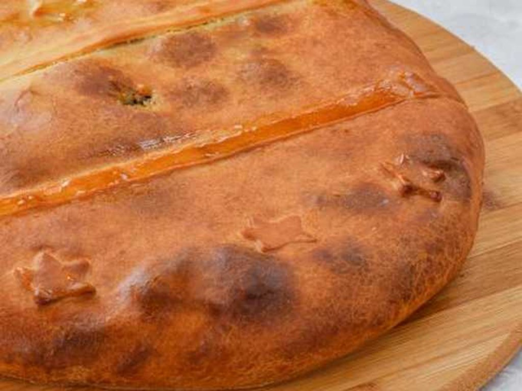 Татарские пироги: Пирог с адыгейским сыром и грец. орехом в Провиант