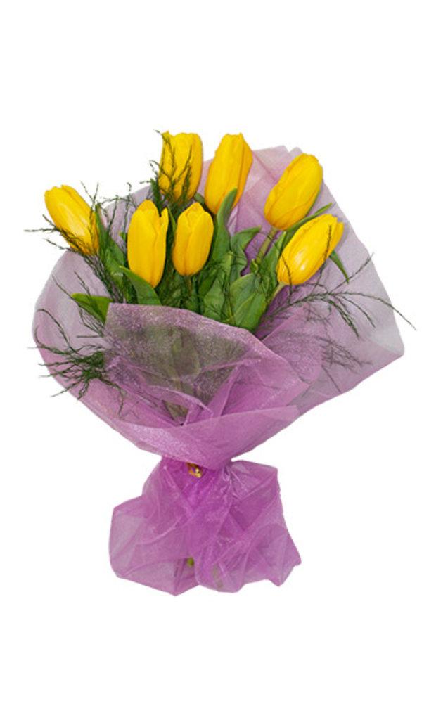 """Букеты и композиции из живых цветов: Букет """"7 тюльпанов"""" в Цветы доставка"""