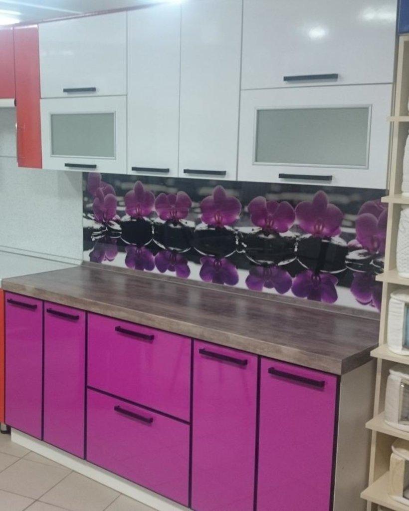 Кухни: Кухня 50 - Фуксия в Квадра Мебель