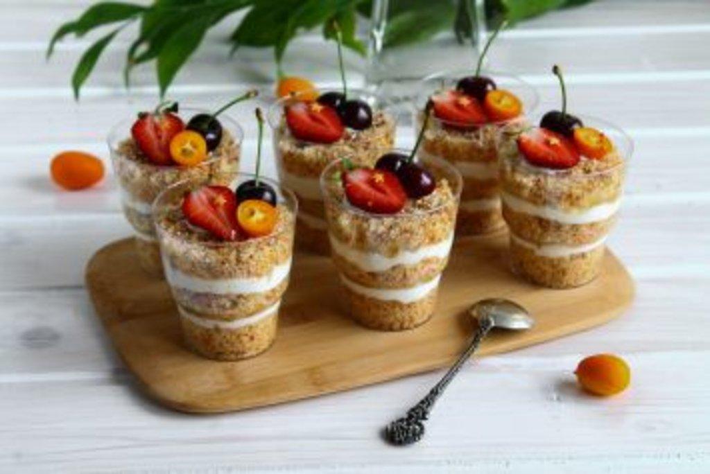 Десерты: Трайфл в Restorant SH