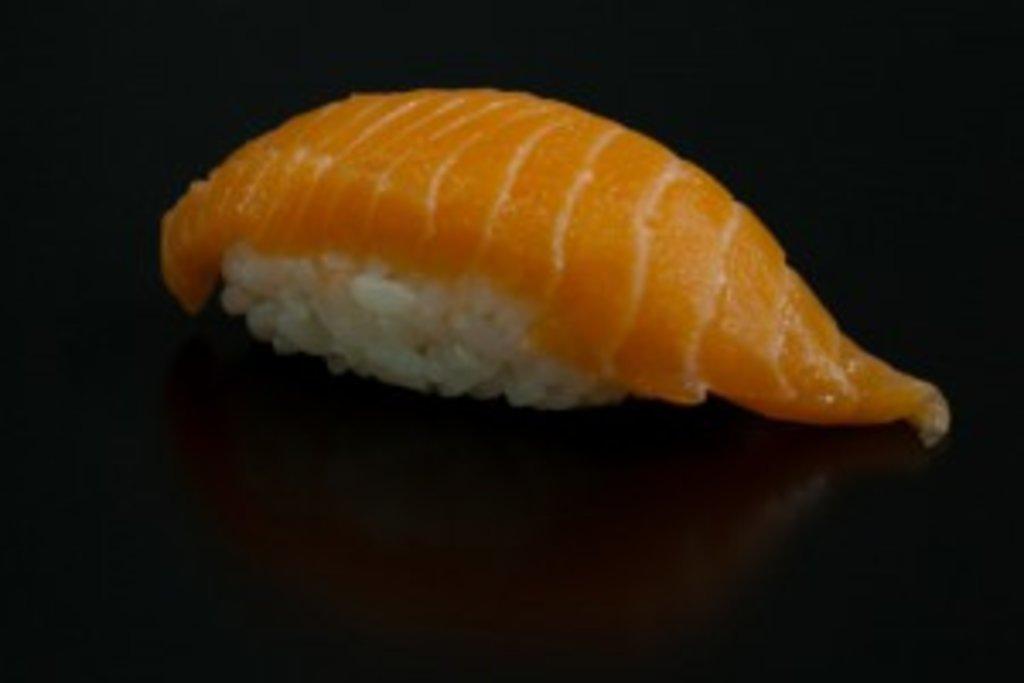Суши: Сяке суши в Sushin