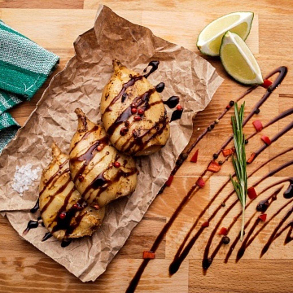 Рыбные блюда: Кальмары на гриле в Мастер Стейк