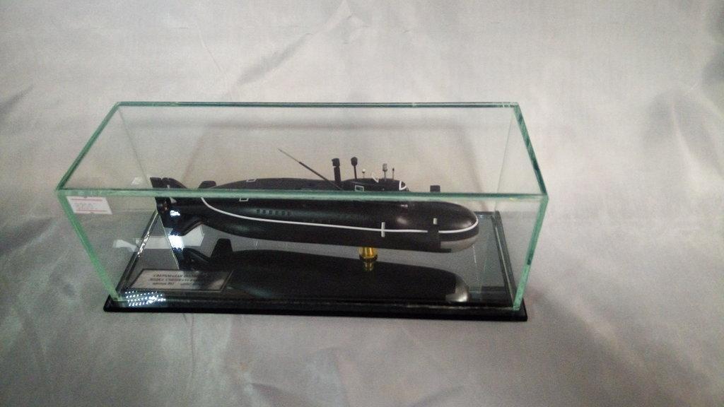 """Модели подводных лодок: Модель сверхмалой подводной лодки спецназа ВМФ СССР проект 865 """"Пиранья"""" в Модели кораблей"""