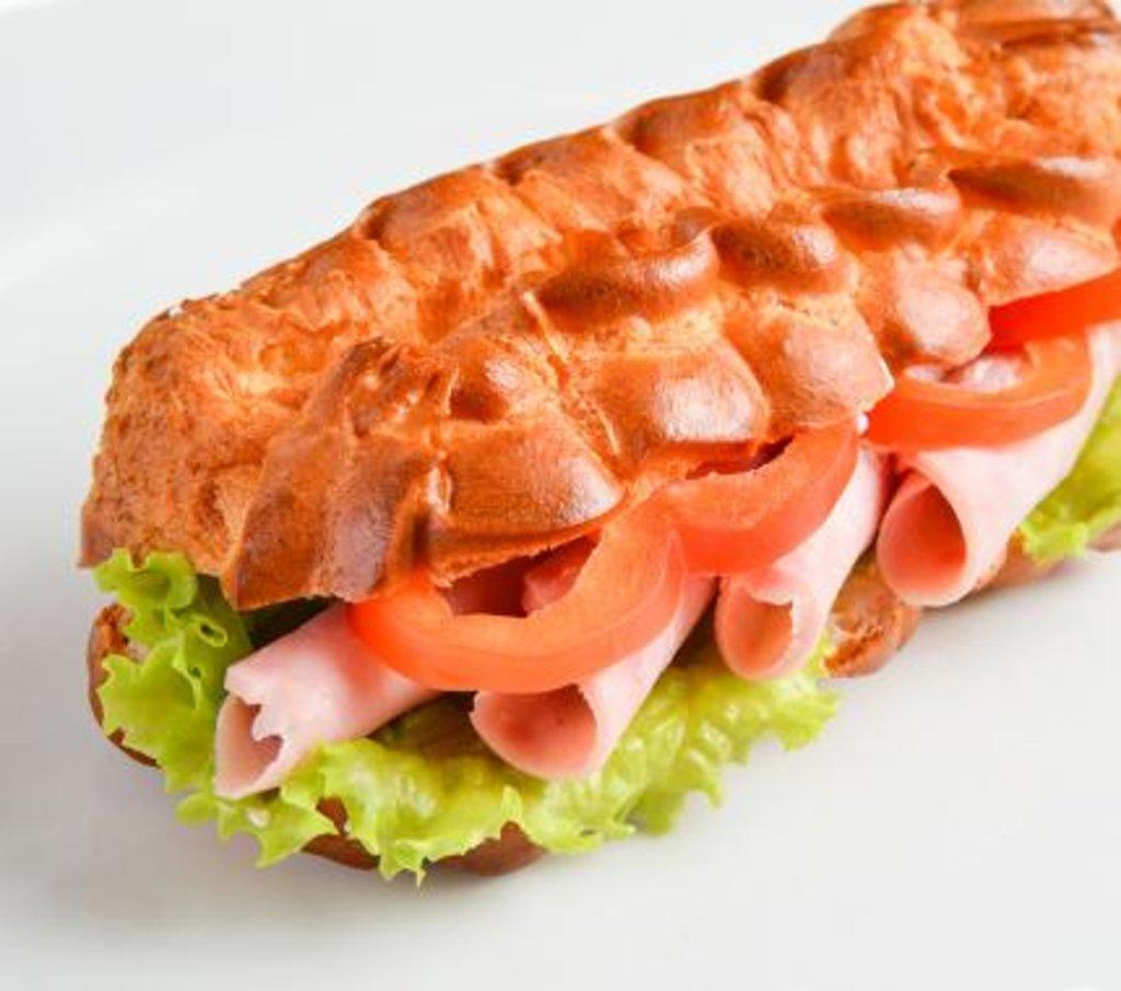 Горячее: Эклер-сэндвич с ветчиной в Царевы Пироги