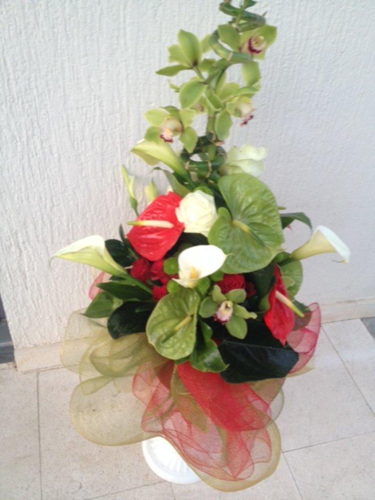 Букеты: 019 Букет/ Buket в Lilies