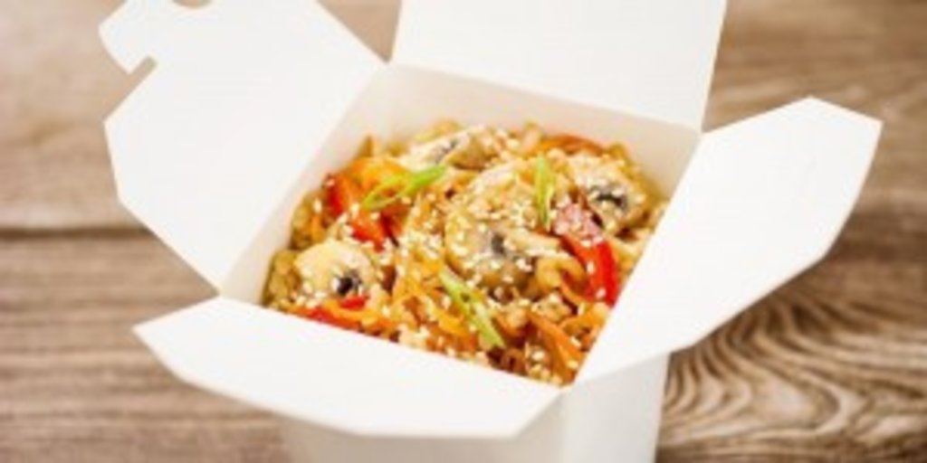 Wok: Тяхан с овощами в Sushin