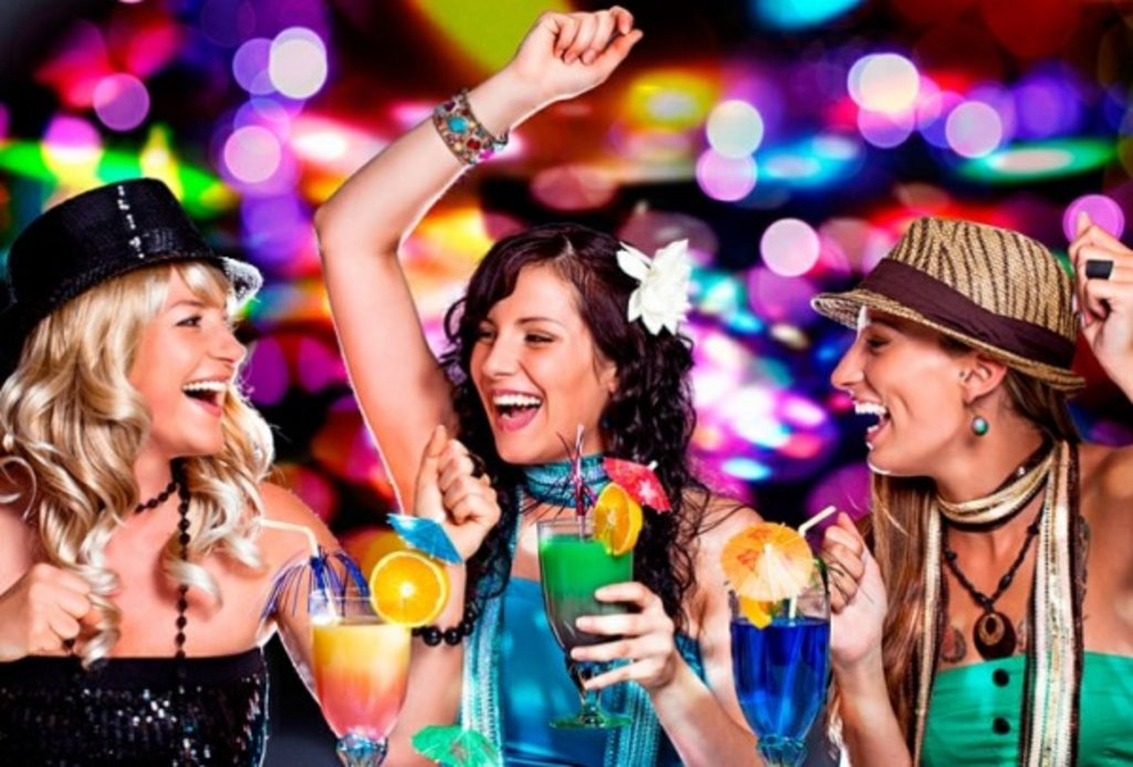 Ночной клуб: Проведение праздника в Огни Сухоны, развлекательный центр