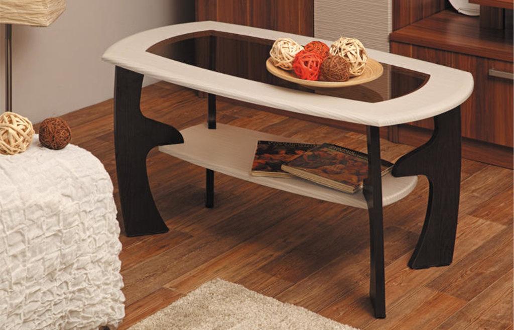 Столы журнальные: Журнальный столик Маджеста - 3 со стеклом в Vesa