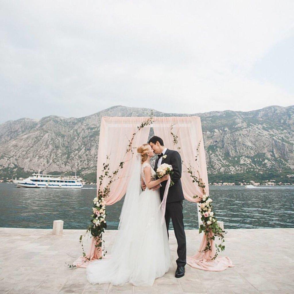 Свадебные арки: 004 Свадебная арка/Luk za vencanje в Lilies