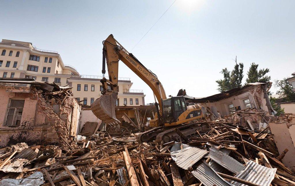 Демонтажные работы: Демонтаж крыши в Магистраль, ООО