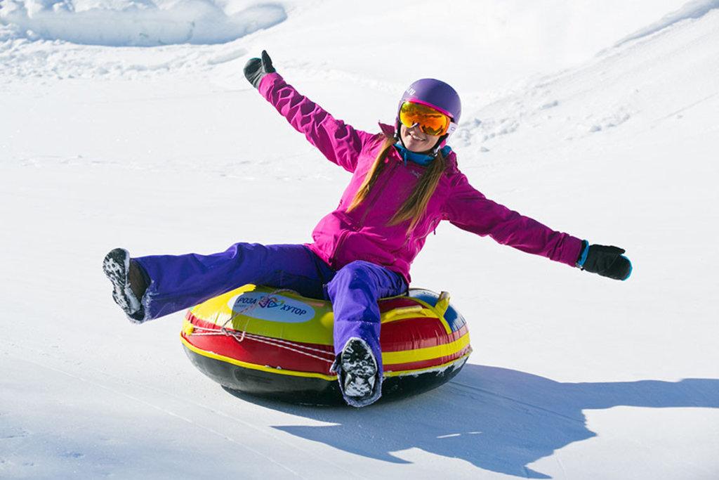 Спортивный зимний отдых: Тюбинг в Seventh Heaven