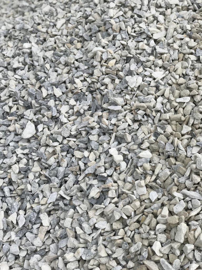 Галька, щебень: Доломитовый щебень фр.5-20мм (Мешок 50 кг) в 100 пудов