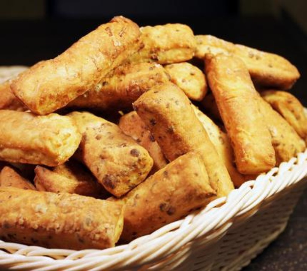 Весовая продукция: Сырные палочки в Царевы Пироги