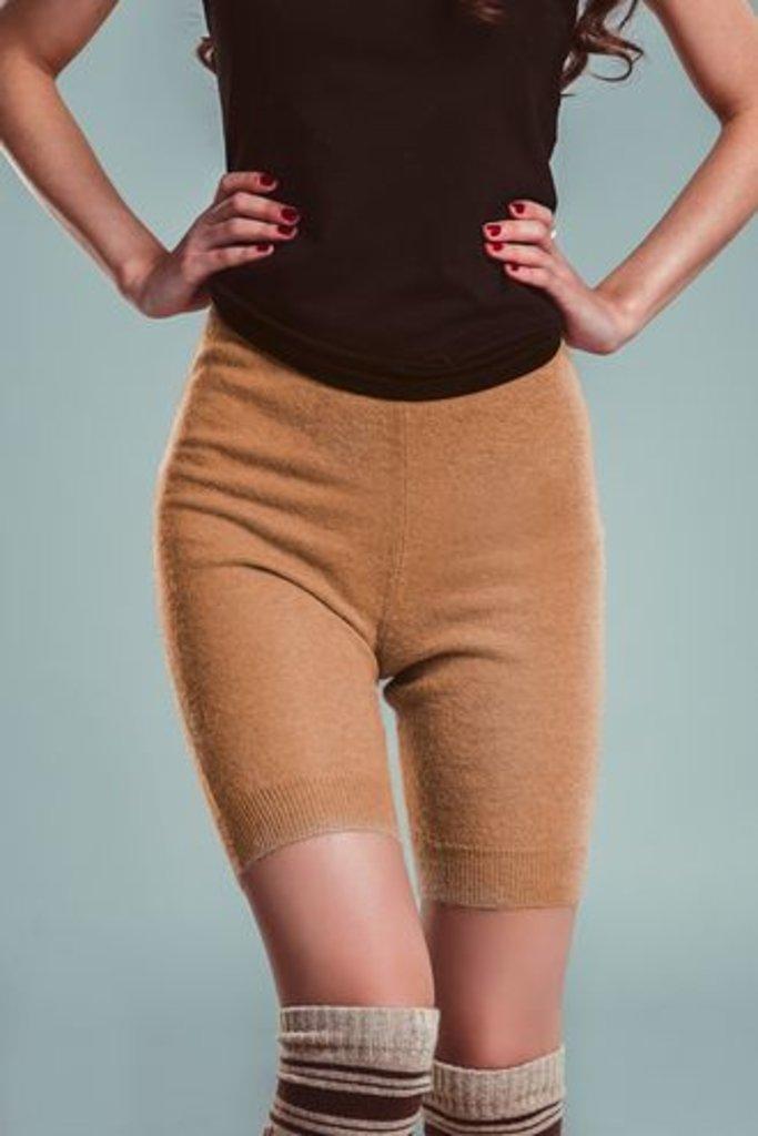 Женская одежда: Шорты из 100% шерсти верблюда в Сельский магазин