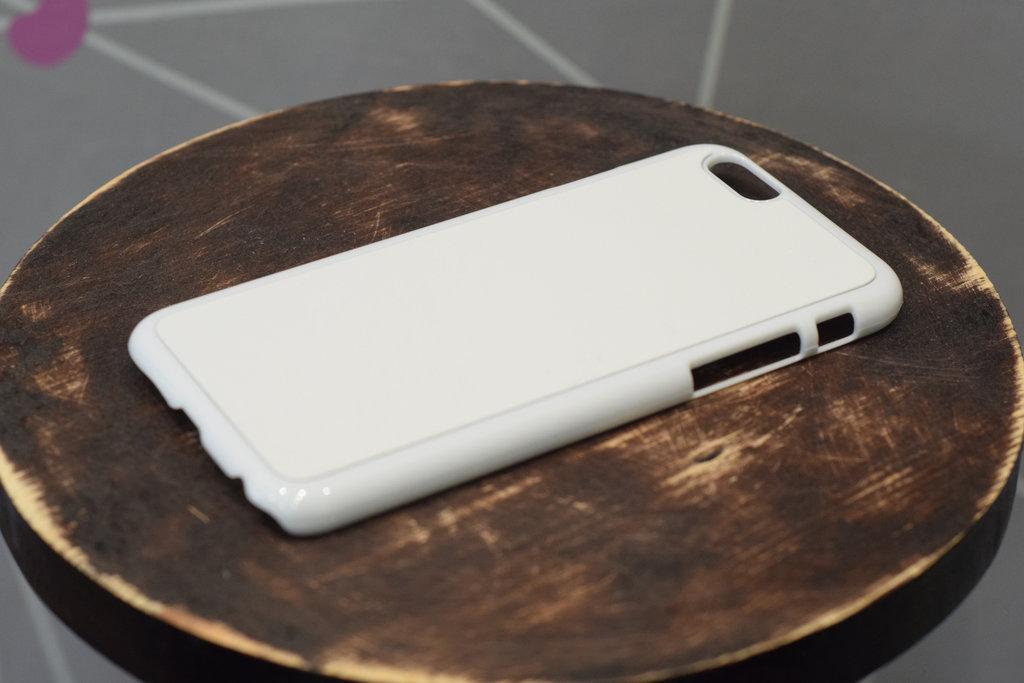 Чехлы: Пластиковый чехол для Iphone 6+ в Баклажан, студия вышивки и дизайна