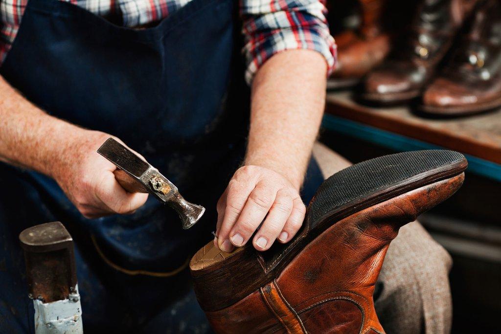 Ремонт обуви и сумок: Ремонт обуви в Химчистка на Предтеченской