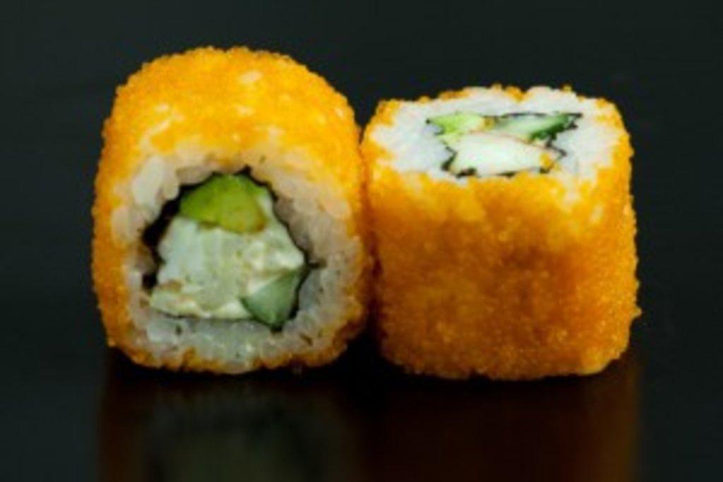 Роллы: Калифорния с креветкой в Sushin