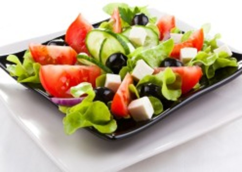 Салаты: Салат «Греческий» 150 гр. в Коко-пицца