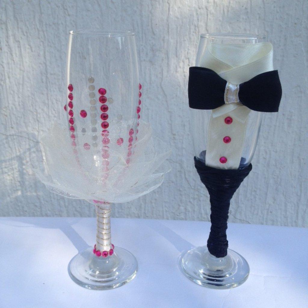 Свадебные аксессуары, общее: Бокалы для новобрачных в Lilies