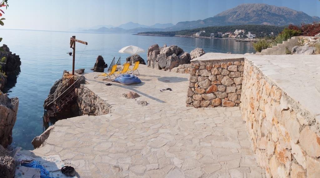 Аренда недвижимости в Черногории: Вилла 280 квадратных метров, Утеха. в Zevscomfort