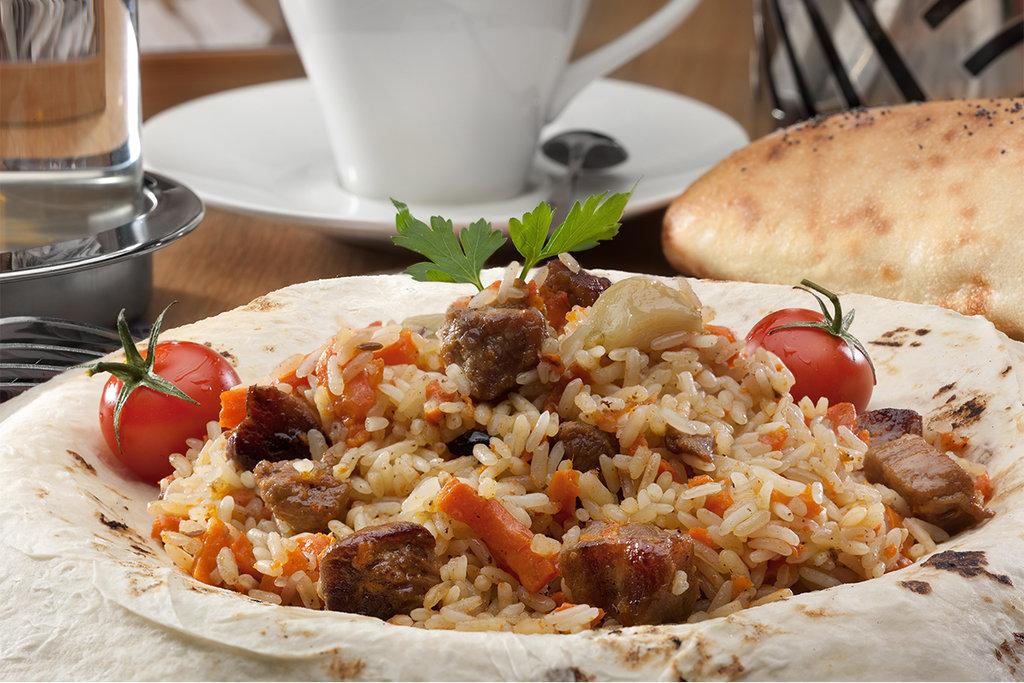 Супы+Гарниры+Вторые блюда: ПЛОВ С ГОВЯДИНОЙ 100 гр в SUPER KEБAБ