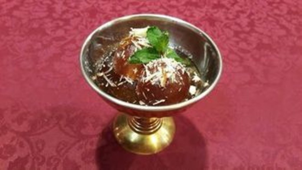 Десерты: Гулаб джамун в Ganga