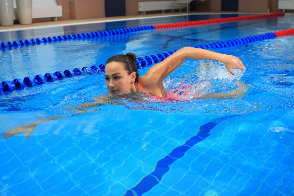 Бассейн: Плавание в бассейне в Спектр, спортивно-концертный комплекс, МУП