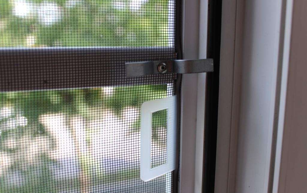 Окна, двери металлопластиковые: Москитная сетка в 1СК, Первая Стекольная Компания, (ПСК), ООО