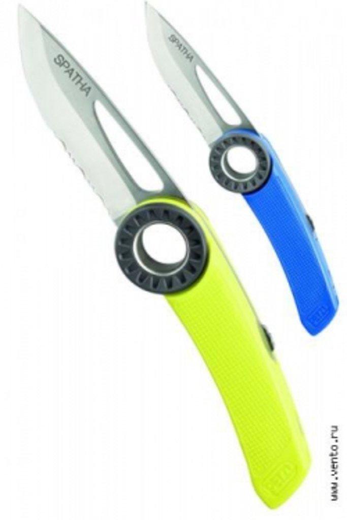 Вспомогательное оборудование и аксессуары: Нож с отверстием под карабин Spatha 2014 в Турин