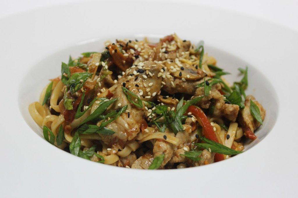 Китайская лапша: Пшеничная лапша в Квартал