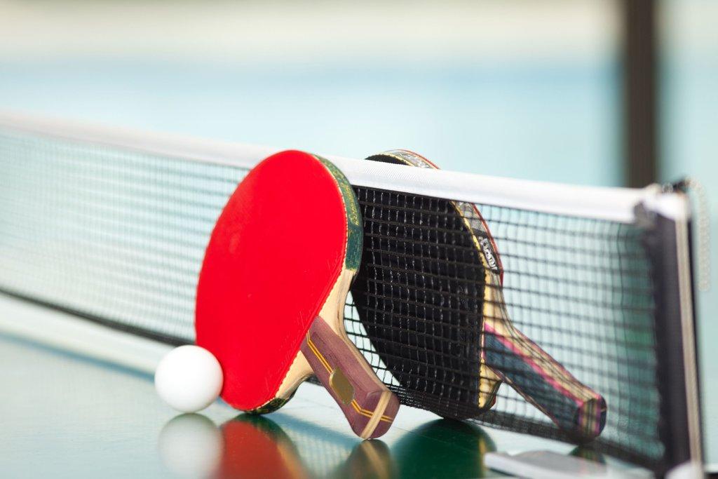 Спортивные игровые залы: Игра настольный теннис в Спектр, спортивно-концертный комплекс, МУП