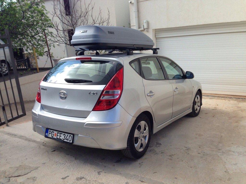 Аренда легковых автомобилей: HYUNDAI i30 в Zevscomfort