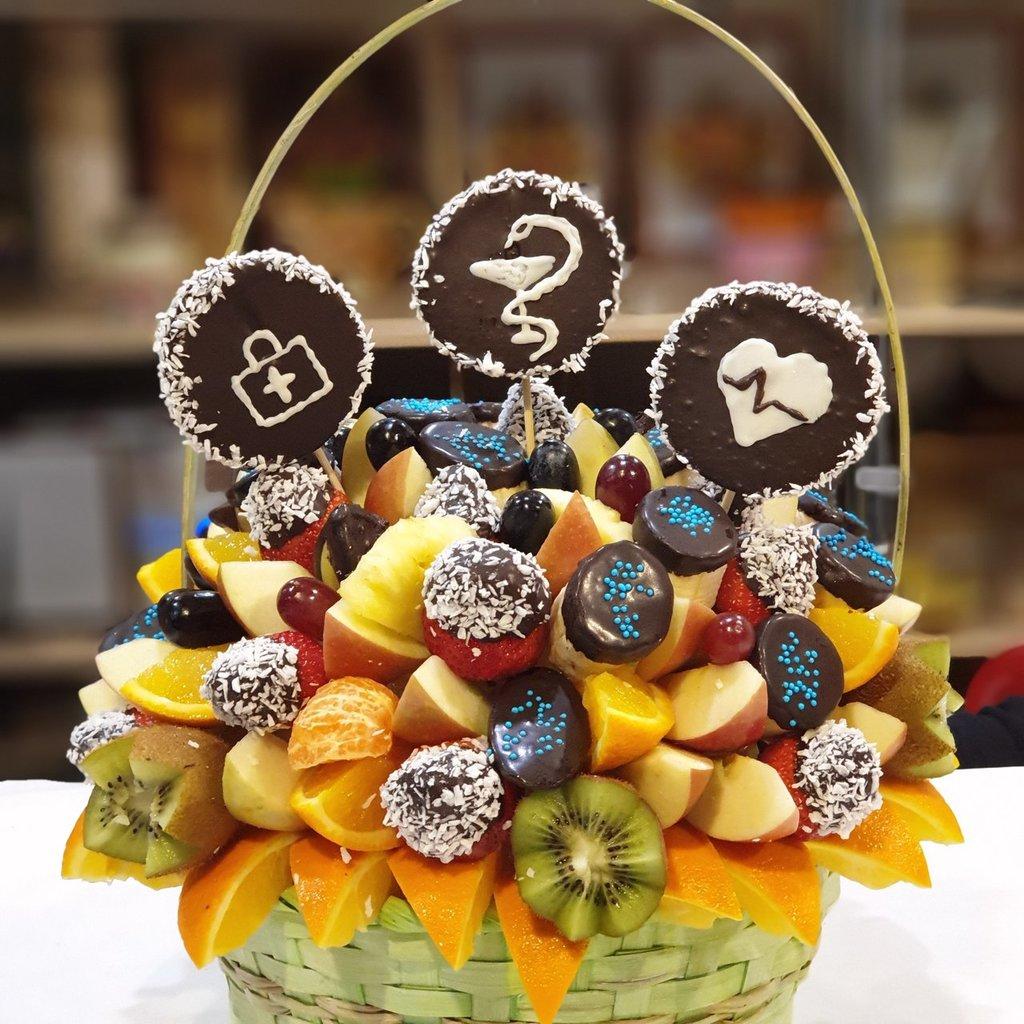 В корзинке: СенСей для врача в Fruit Art