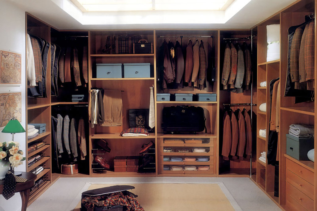 Мебель для дома: Мебель для гардеробной комнаты в Атлас-мебель