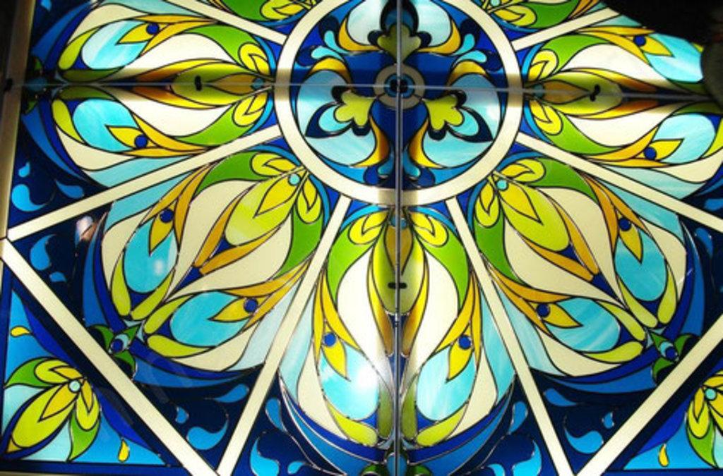 Стекла, зеркала, витражи: Витраж пленочный в Дом стекла и зеркала