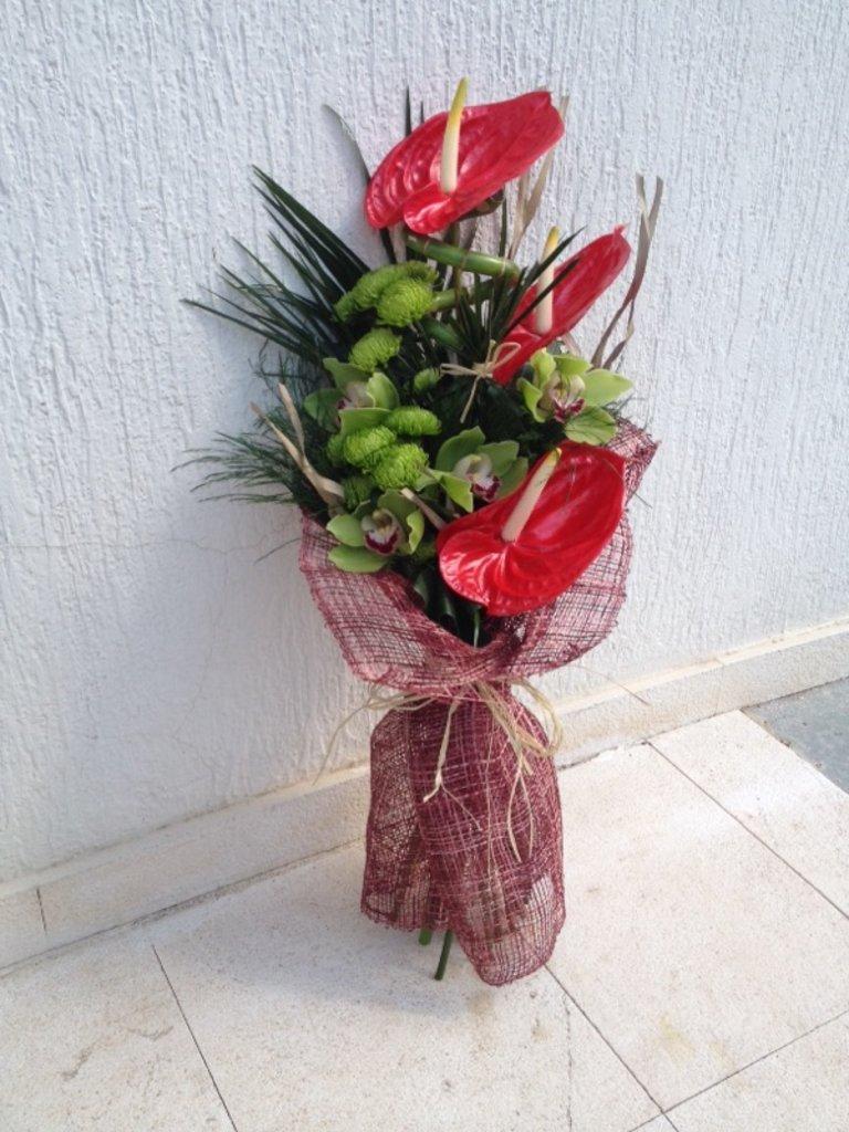 Букеты: 004 Букет/ Buket в Lilies