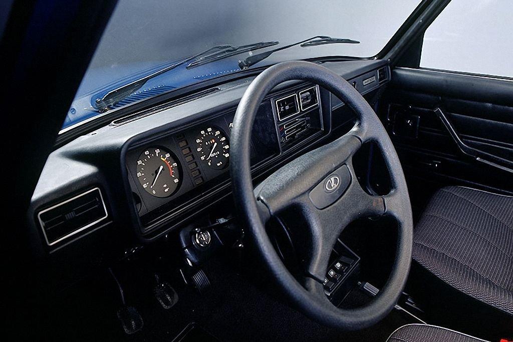 Автозапчасти, общее: Панель приборов 2105 в п/сборе в АвтоСфера, магазин автотоваров