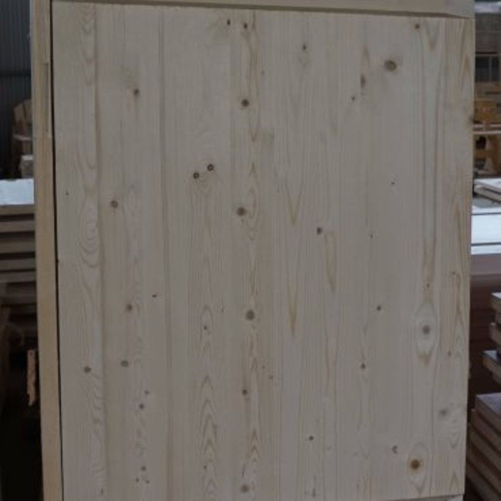 Двери для саун и бань: Дверь банная на клиньях в Terry-Gold (Терри-Голд), погонажные изделия