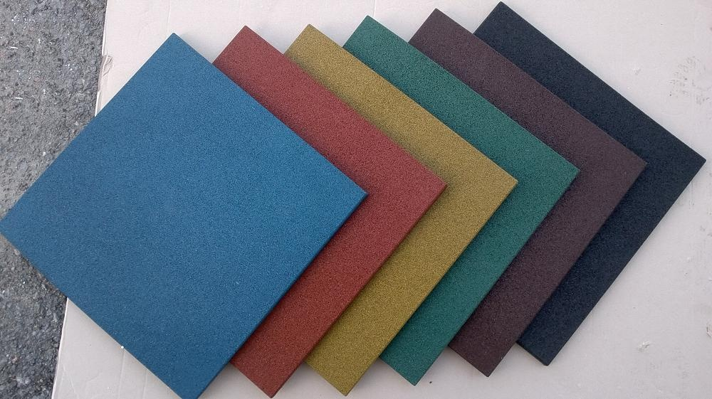 Резиновое напольное покрытие: Резиновая плитка EcoStep 500*500*40 мм в От А до Я