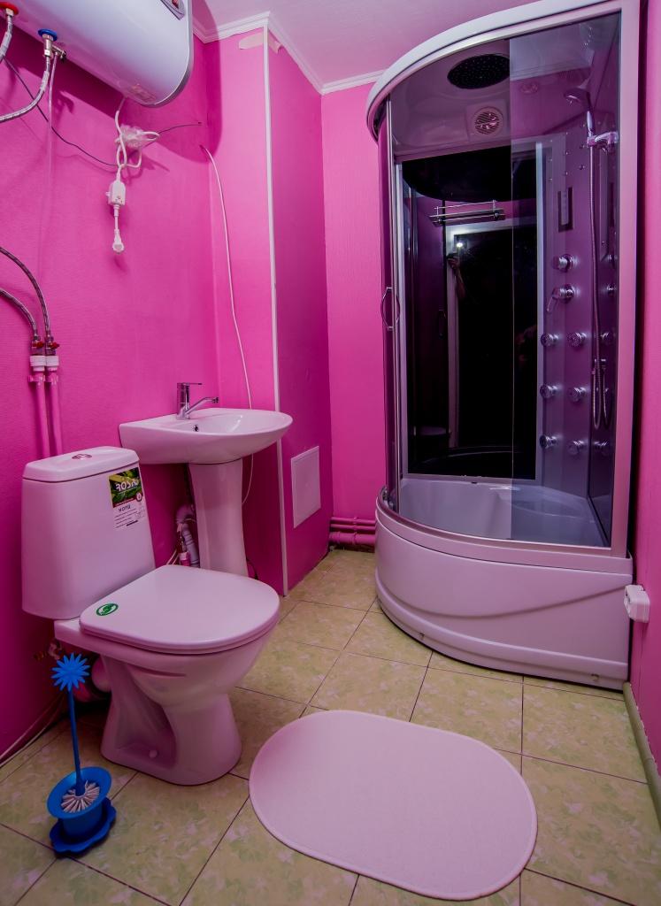 Спальное место в 8-местном номере для женщин в KAKADU