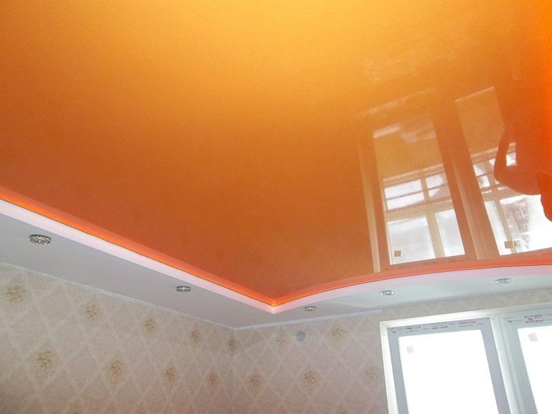Натяжной потолок в Дом с потолком