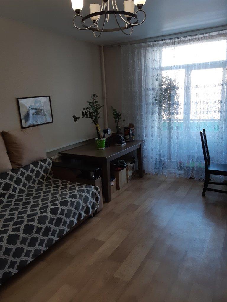 2-комн. квартира: г. Орск, пр. Ленина, д. 44 в Континент