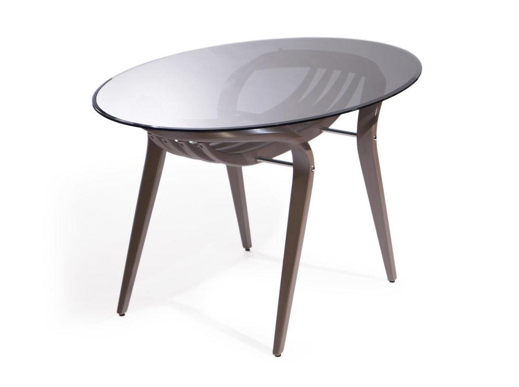 Столы обеденные: Обеденный стол Априори 38т в Актуальный дизайн