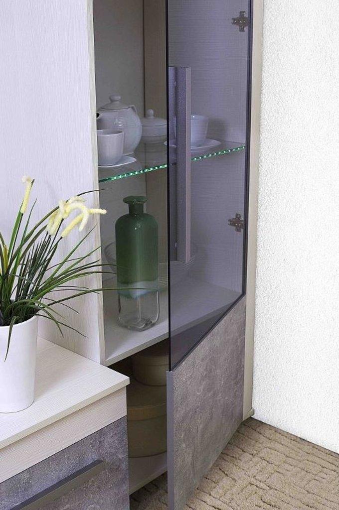 Витрины для гостиных: Витрина Высокая Леон 1 в Стильная мебель