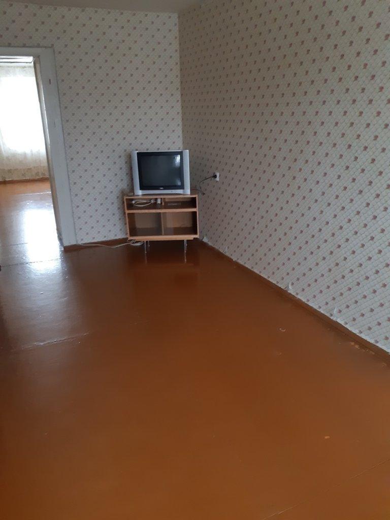 2-комн. квартира: г. Орск, ул. Короленко, д. 134 в Континент
